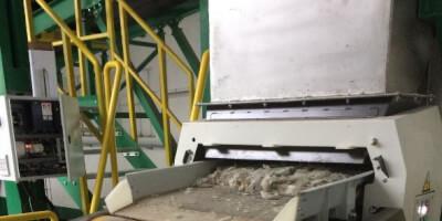 Separátor neželezných kovů Locust - recyklace skla