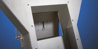 Deskový magnet do skluzu. Možnost vestavby do stávající linky.