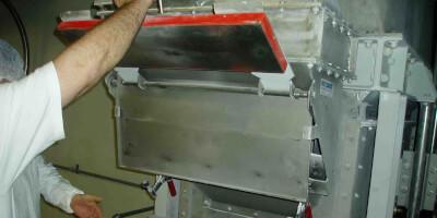 Deskový magnet do skluzu - provoz