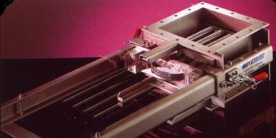 Проточный магнитный сепаратор