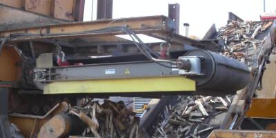 Závěsný magnetický separátor - zpracování komunálního odpadu