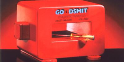 Demagnetisation coil